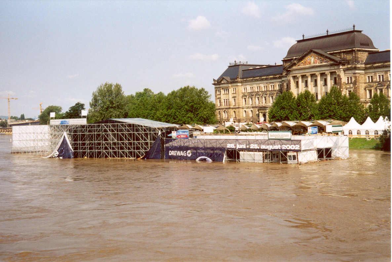 Hochwasser Dresden Im August 2002